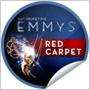 Na Emmy Awards 2012 sme videli vykukujúce nôžky, nahý zadoček aj prsia tesne pred tým, ako vyskočili zo šiat!