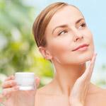 Ako nikdy nezostarnúť? Zoznámte sa s najlepšími anti-aging prísadami modernej kozmetiky!