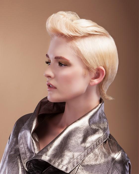 Retro blond pixie