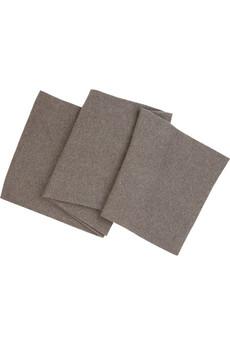 Jednoduchý sivý šál