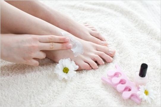 Krémovanie chodidiel
