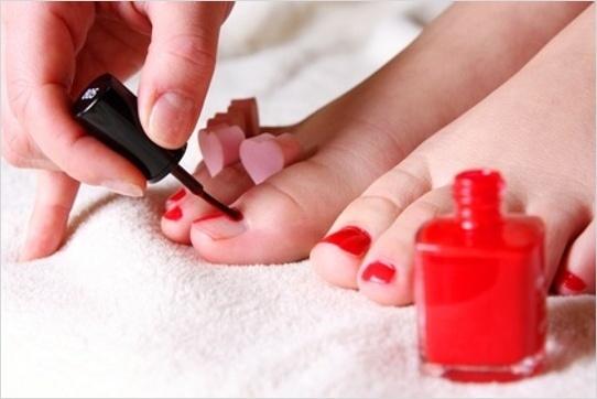 Lakovanie nechtov na nohách