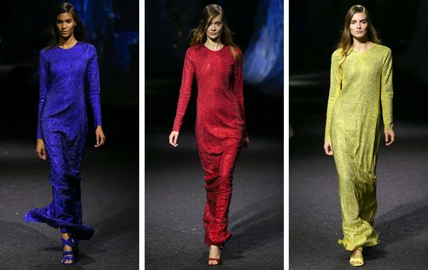 7cbaffa85313 Jedinou ozdobou týchto šiat je ich farba a trblietky. Žiadne zbytočné  ozdoby