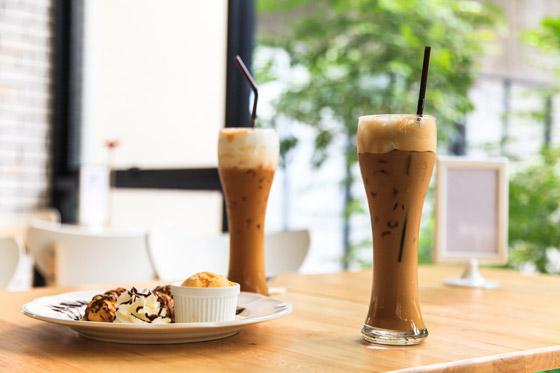 Vytvorte si doma dokonalú kombináciu kávy so zmrzlinou
