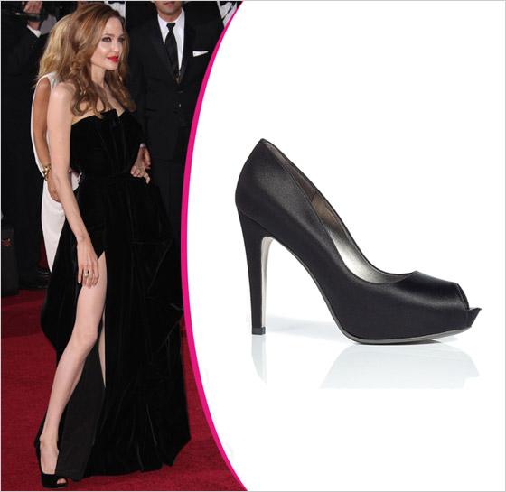 Angelina Jolie v topánkach Salvatore Ferragamo Oscar 2012
