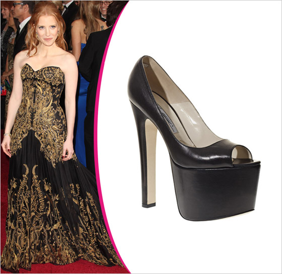Jessica Chastain v topánkach Brian Atwood Oscar 2012