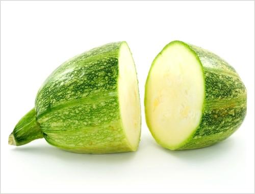 Rozpolená zelená tekvica