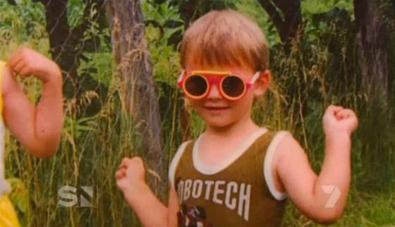 Andrej Pejic ako malý chlapec