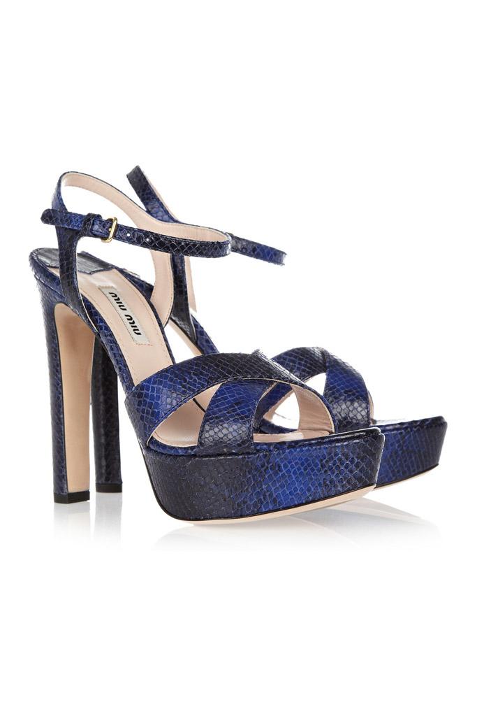 Čierno-modré sandále s vysokým opätkom