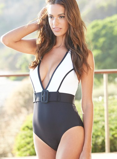 Bielo-čierne jednodielne plavky
