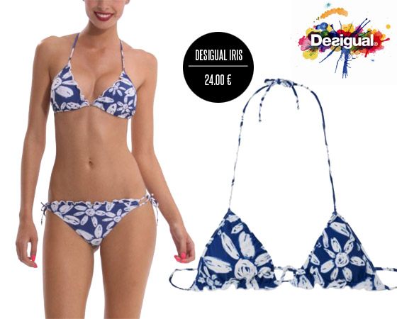 Plavky Desigual s modrobielym kvetinovým vzorom