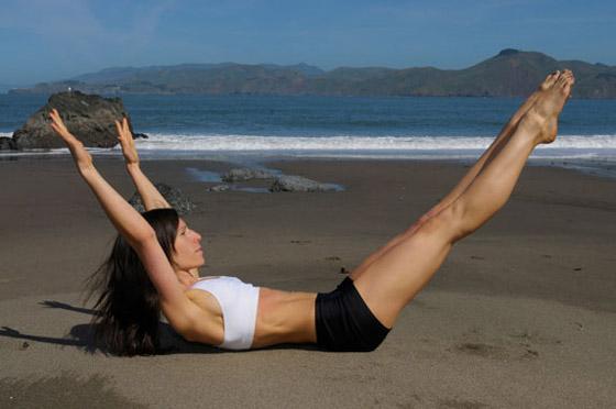 Pilates na pláži