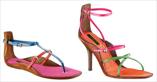 Farebné sandálky v plochej aj podpätkovej verzii