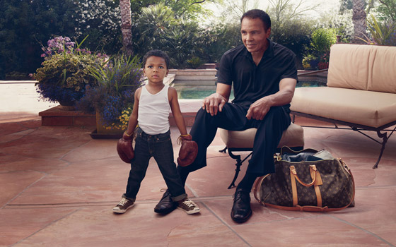 Tvárou staršiej kampane Louis Vuitton Core Values je vyslúžilý boxer Muhammad Ali