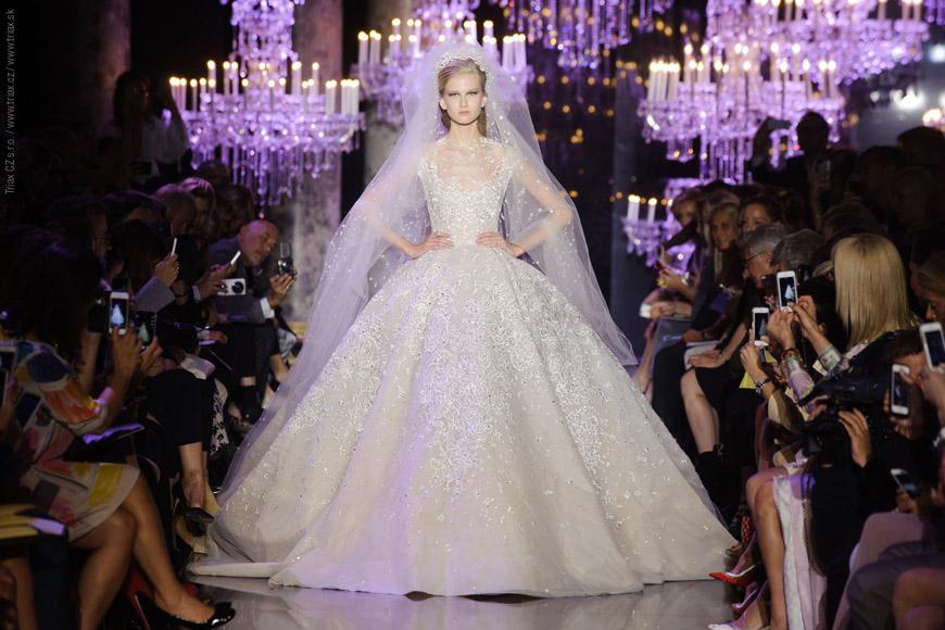 Luxusné svadobné šaty od Elie Saab z Haute Couture Fall 2014 kolekcie