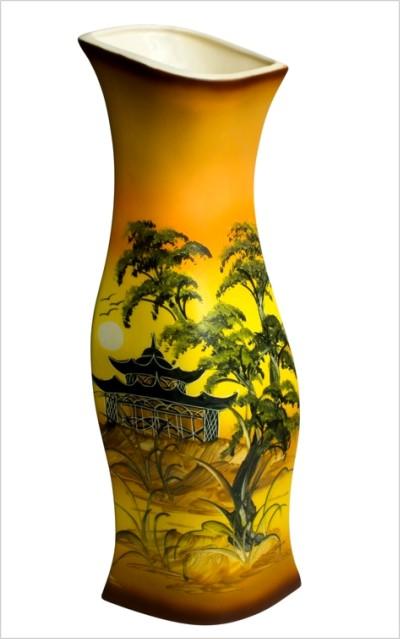 Keramická váza s obrázkom