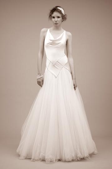e71075f08b55 Aj takto mohli vyzerať svadobné šaty Kate Middleton!