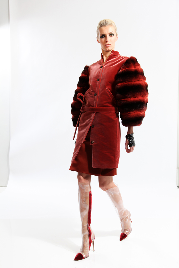3dc2c2ad6a9b Vínovy outfit - modelka  Vínovy outfit - modelka ...