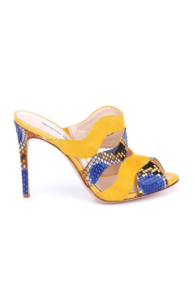 Žlto modré papuče na vysokom podpätku s hadím motívom
