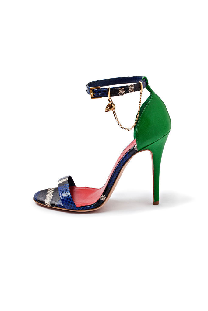 Zeleno modré sandále na vysokom podpätku so zlatými doplnkami