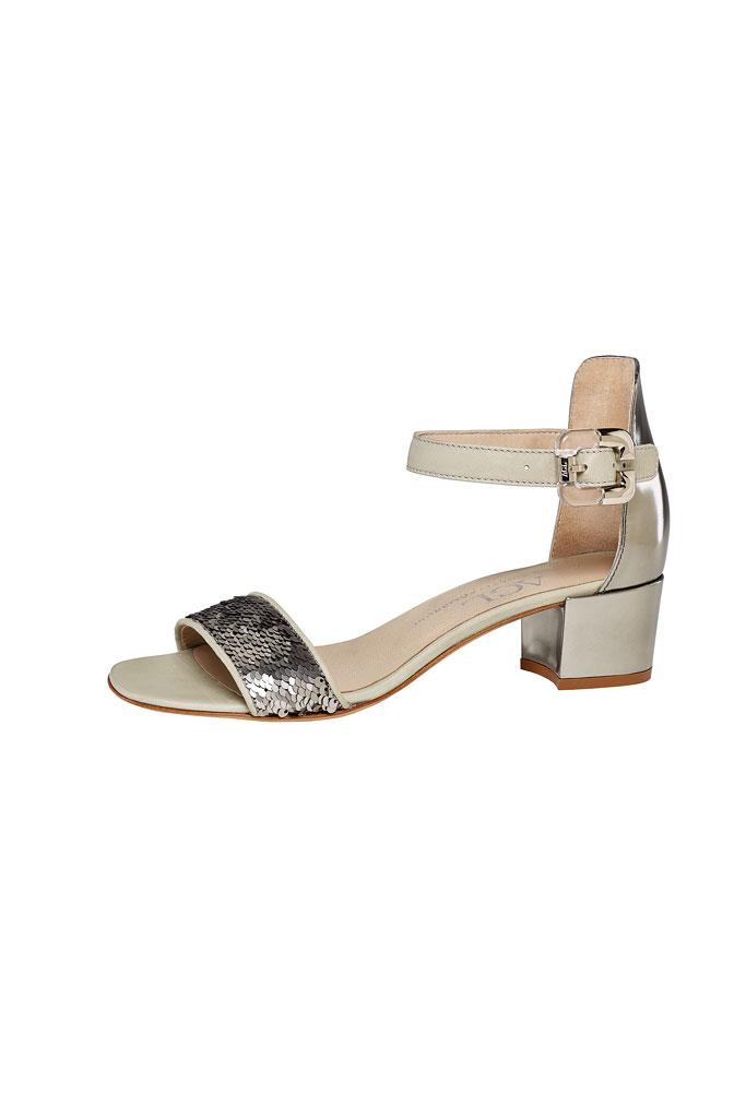 Zlato strieborné sandále na nízkom podpätku s metalickým odleskom