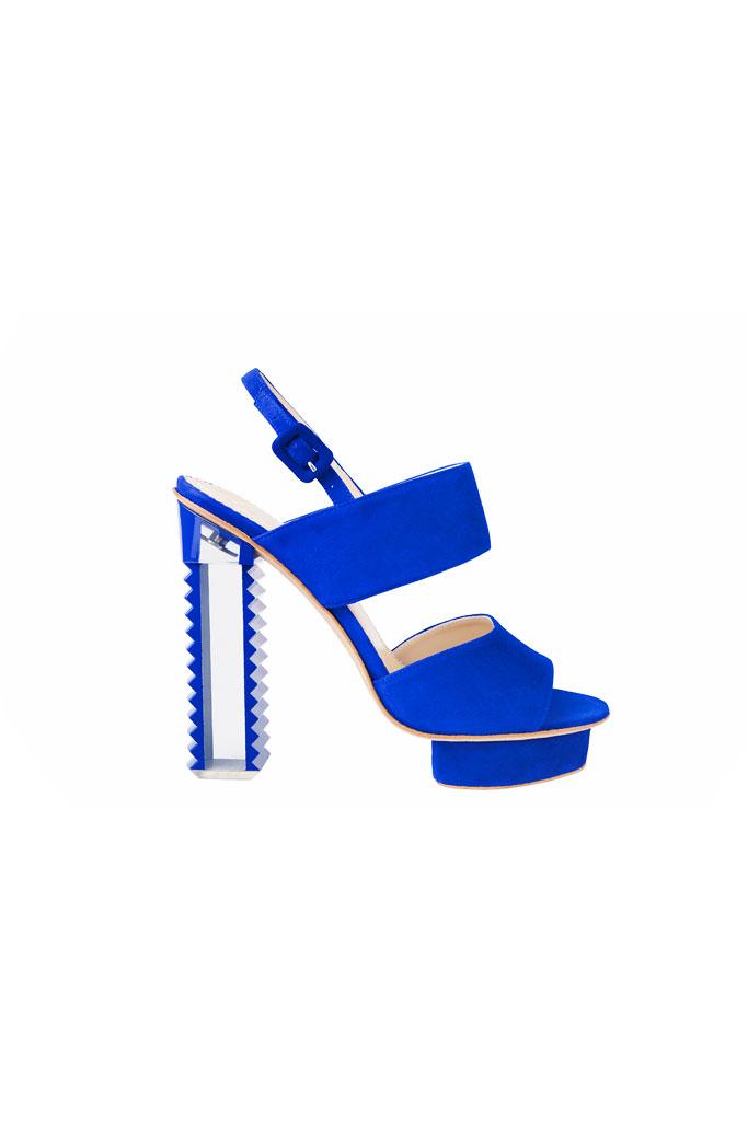 Modré sandále na platforme so zubatým podpätkom