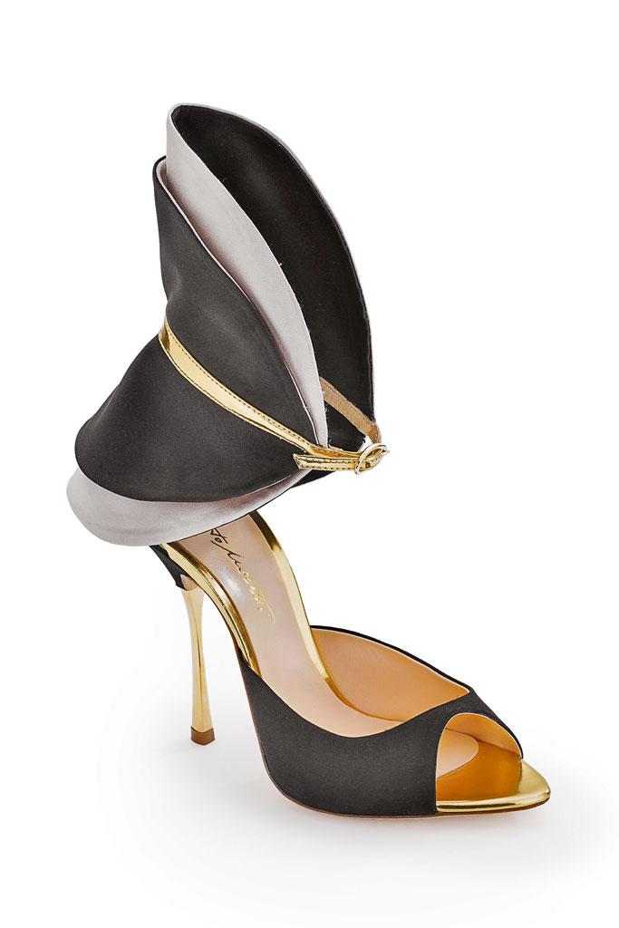 Čierno sivé sandále so zlatým podpätkom