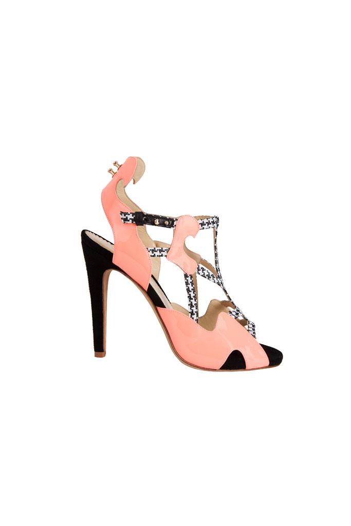 Ružovo čierne sandále s motívom kohútej stopy
