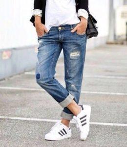 """Ako sa správne starať o svoje """"roztrhané"""" džínsy?"""