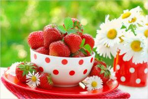 Jahody sú ideálnou potravinou pri chudnutí – 100 g jahôd obsahuje len 147 kJ!