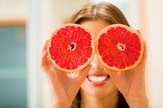 Minimum kalórií a skvelý zdroj vitamínu C – to je grapefruit.