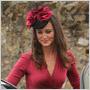 Pippa Middleton si na svadbu kamarátky obliekla rovnaké šaty, ako jej sestra Kate na svoje zásnuby!
