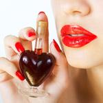 """10 najzvodnejších parfumov a vôní – """"oblečte"""" sa do nich!"""