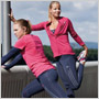 Dámska športová kolekcia Adidas pre jeseň/zima 2012 ponúka pohodlie a štýl v jednom