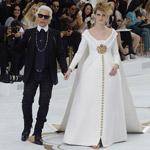 Chanel Haute Couture: Tehotná nevesta vo svadobných šatách z neoprénu!