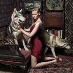 Lara Stone fotila pre septembrové vydanie britského Vogue – s vlkmi!
