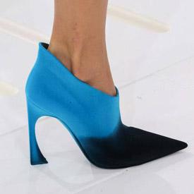 Topánky Dior z Haute Couture – zmyselné podpätky a ostrá špička!
