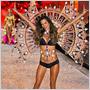 Anjelská kolekcia bielizne Victoria`s Secrets 2011 – 1. diel: Anjeli VS predviedli vášeň inšpirovanú horkokrvným Španielskom!