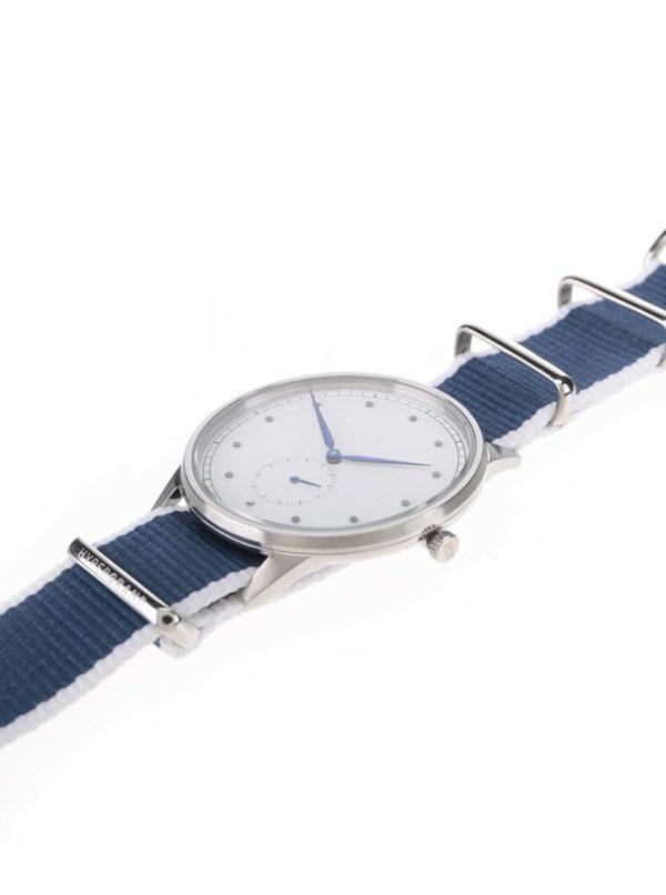 Pánske hodinky v striebornej farbe s bielo-modrým textilným remienkom HYPERGRAND