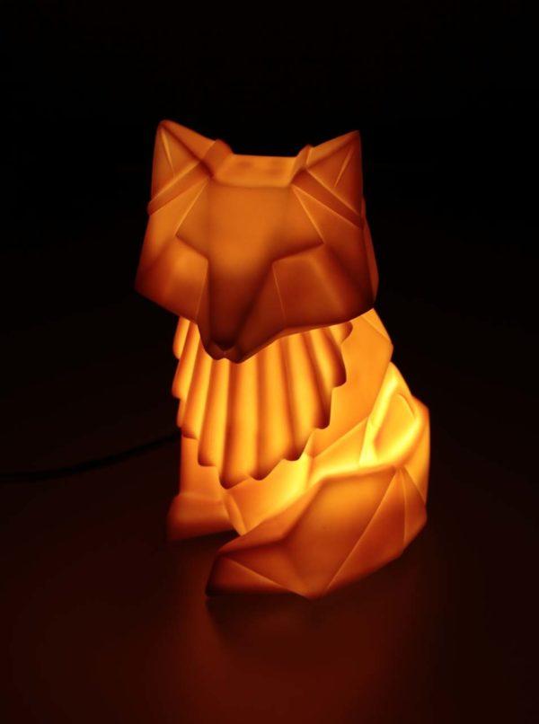 Oranžová lampa v tvare líšky Disaster Nordikka