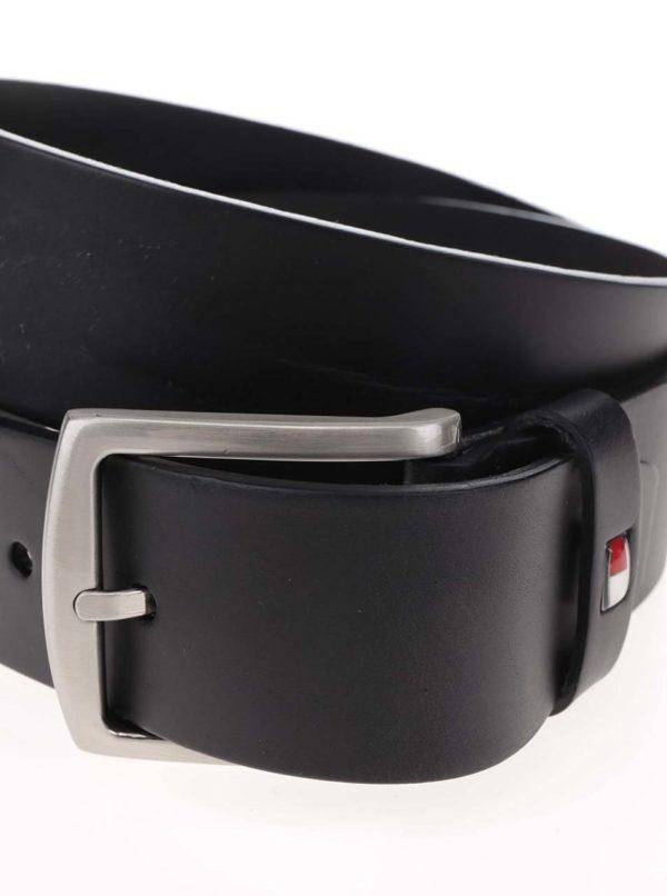 Čierny pánsky kožený opasok s prackou Tommy Hilfiger