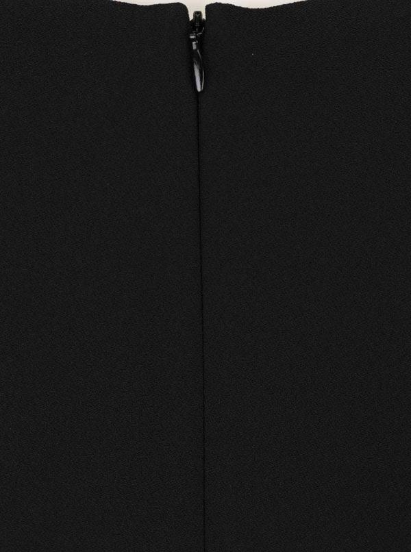 Čierne šaty s véčkovým výstrihom Selected Femme Tunni