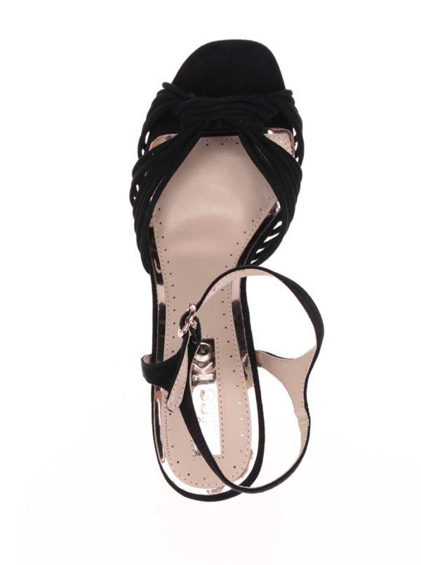 Čierne smotanové sandále Miss KG