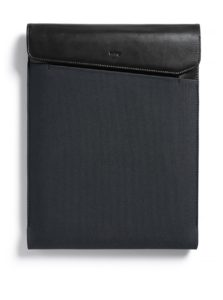 """Čierno-sivý obal na notebook s koženými detailmi Bellroy Laptop Sleeve Extra 15"""""""