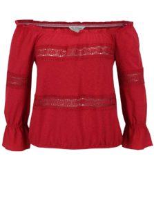 Červené tričko s odhalenými ramenami Miss Selfridge