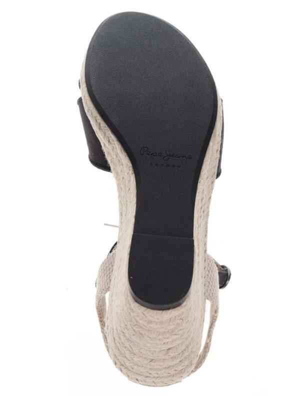 fc877b7ede12 Čierne dámske sandále na klinovom podpätku Pepe Jeans Shark Basic ...