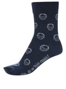 """""""Dobré"""" tmavomodré ponožky pre Krásu pomoci"""