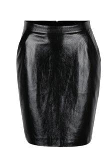 Čierna lesklá koženková sukňa s vreckami VERO MODA Rebelle