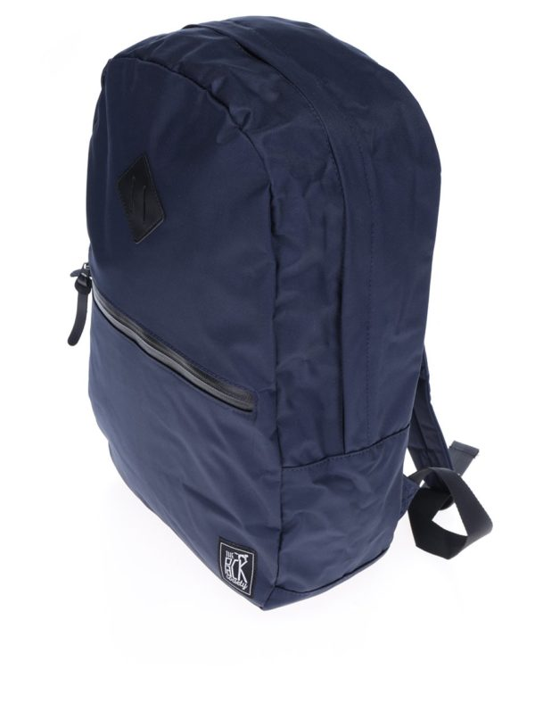 Tmavomodrý batoh The Pack Society 18 l