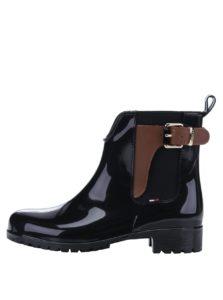 Čierne dámske gumové chelsea topánky s koženými detailmi Tommy Hilfiger Oxley